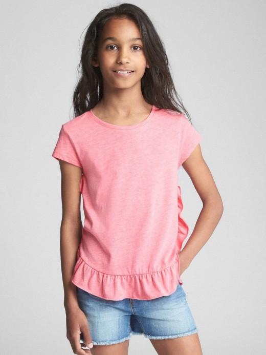 Camiseta feminina infantil lisa com babados na barra
