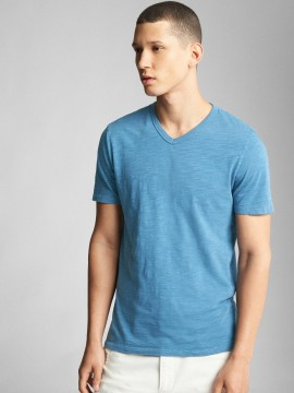 Camiseta masculina adulto básica com gola V