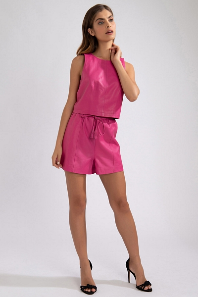 SHORT COURO PINK