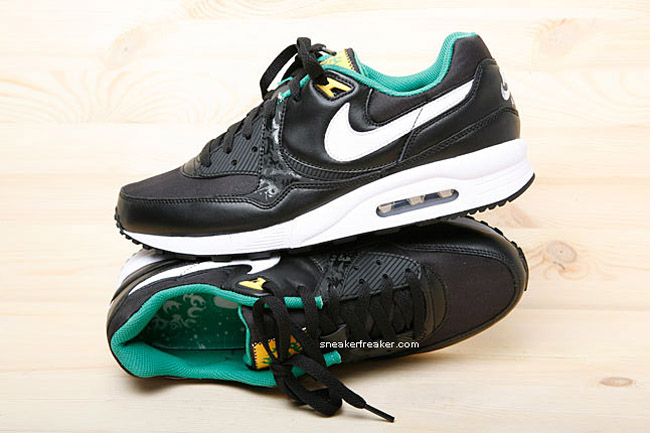 wholesale dealer f18df 6f535 Nike Air Max Light 2010 World Cup Team Collection ...