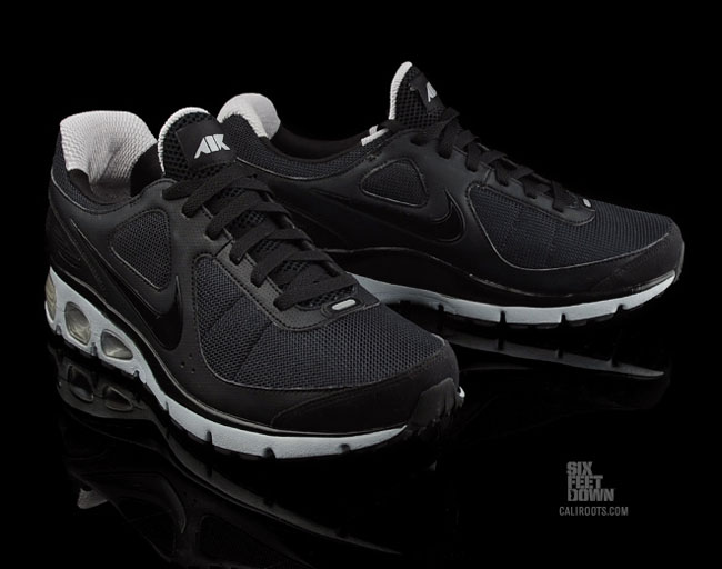 3e00f15a3f62 nike air max turbulence 16 black nike air max turbulence