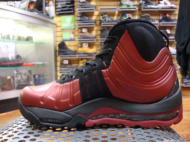 19d2877ad7873 nike acg bakin posite boot cranberry available