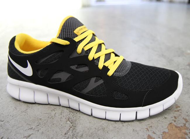 ebay Livestrong X Nike Free Run 2 Gris Foncé / Équipe Redfin parfait à vendre C2atp