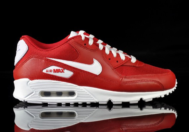 red and white air max