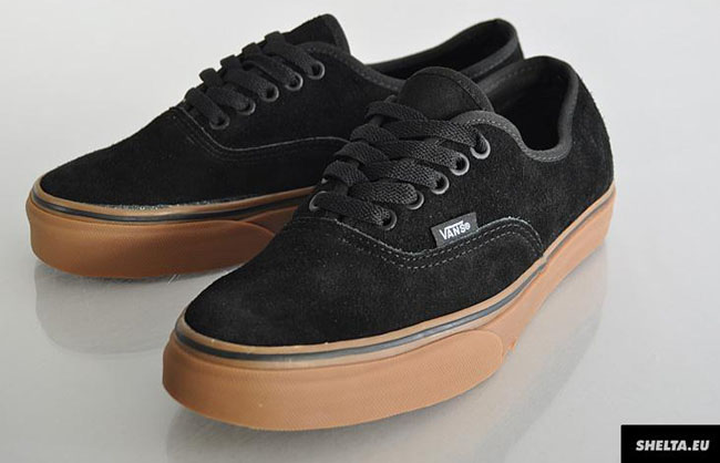 vans all black gum sole