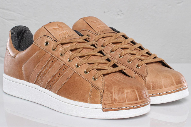 adidas superstar brown