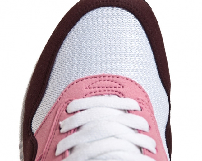 newest 7b49f 9568a Nike Air Max 1 Pink Cooler Red Mahagony .. ...