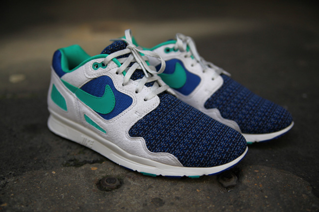 Nike Air Flow shoes blue pink white