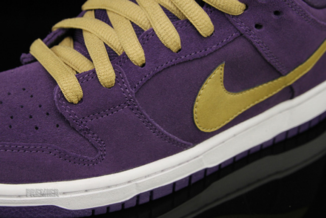 585581ffaf7 june 2012 nike sb releases Rack up miles in comfort and style with women s  Nike Air Max running shoes ...