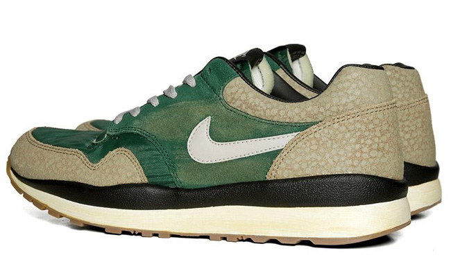 05900ae4c377 Nike Air Safari VNTG Gorge Green Bamboo .