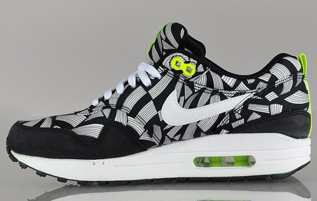 Noir Air Sneaker WMNS x Liberty EU amp; Nike 1 Volt Kicks Max qPYwtw