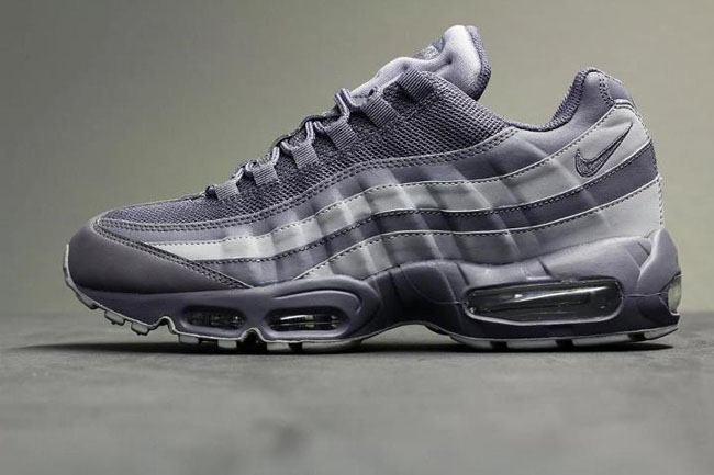 quality design 27ef0 461ba Nike Air Max 95   Dark Grey   Wolf Grey - OG EUKicks Sneaker Magazine