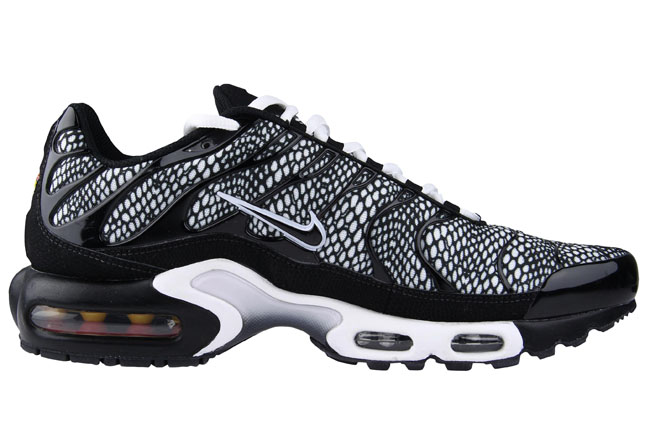quality design 69950 b2eea ... new zealand nike tuned 1 air max plus foot locker exclusives 8234a 86da3