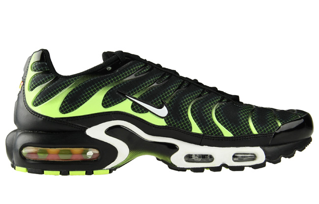 quality design 2b77b a4bac ... get nike tuned 1 air max plus black electric green aa82f 1b5a5