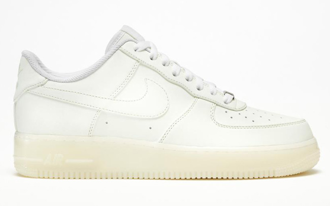 "Examples: Nike iD Air Force 1 ""Glow-in-the-Dark"" Option"