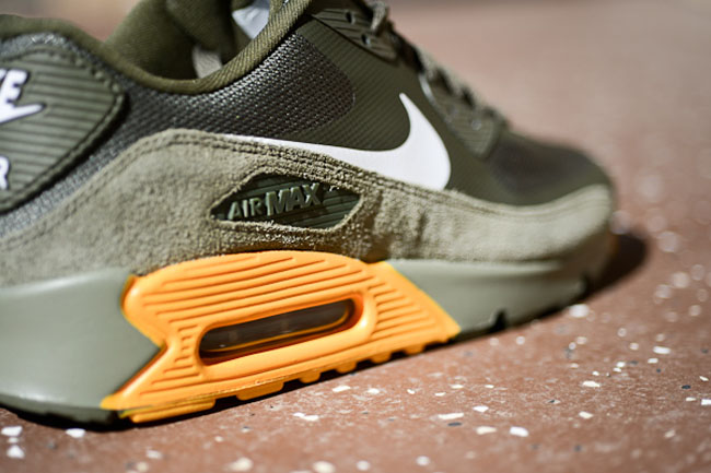 differently 73b1f 695e5 volt air max 90 hyperfuse Nike ...