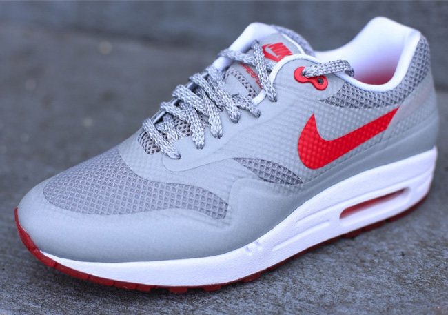 nike air max 1 hyperfuse red