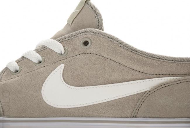timeless design 40d90 9c874 January 2012  Nike Toki Low Vintage · Nike December ...
