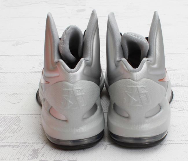 timeless design aa1d7 f4158 Nike KD V   Metallic Silver   Desert Orange