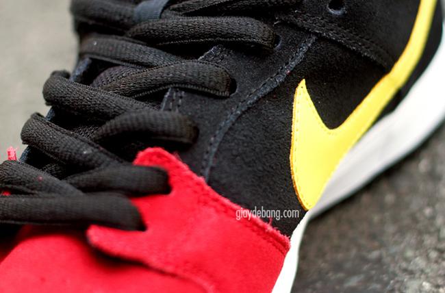 huge discount 8550c 020f5 Preview  Nike SB Dunk Low  Beavis   Butt-head  - OG EUKicks Sneaker Magazine
