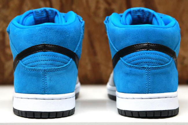 new arrival f02b6 4f180 Releasing  Beavis and Butt-head Nike Dunk SB Pack - OG EUKicks Sneaker  Magazine