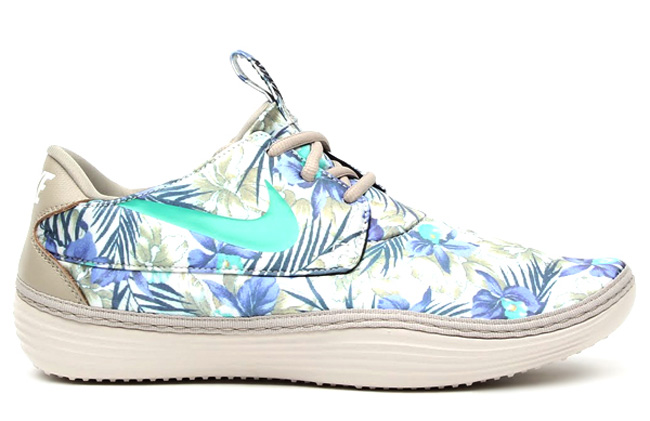 finest selection f624e 4bfd7 Nike Solarsoft Moccasin  Floral Pack