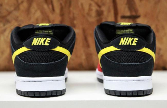 Releasing: Beavis and Butt-head Nike Dunk SB Pack
