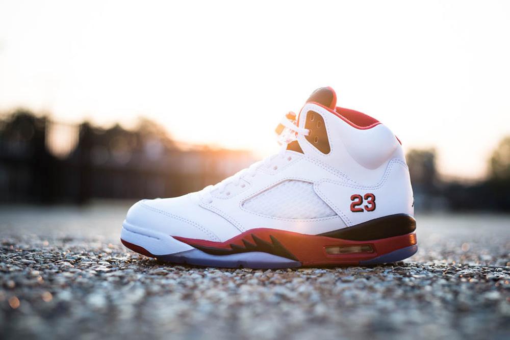 Jordan 5 Fire Red 2013 On Feet  a2d63354e