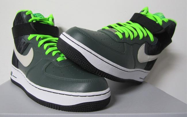 Men's Nike Air Force 1 Low Camo Mortar Black Lime Sneakers : K85y5360