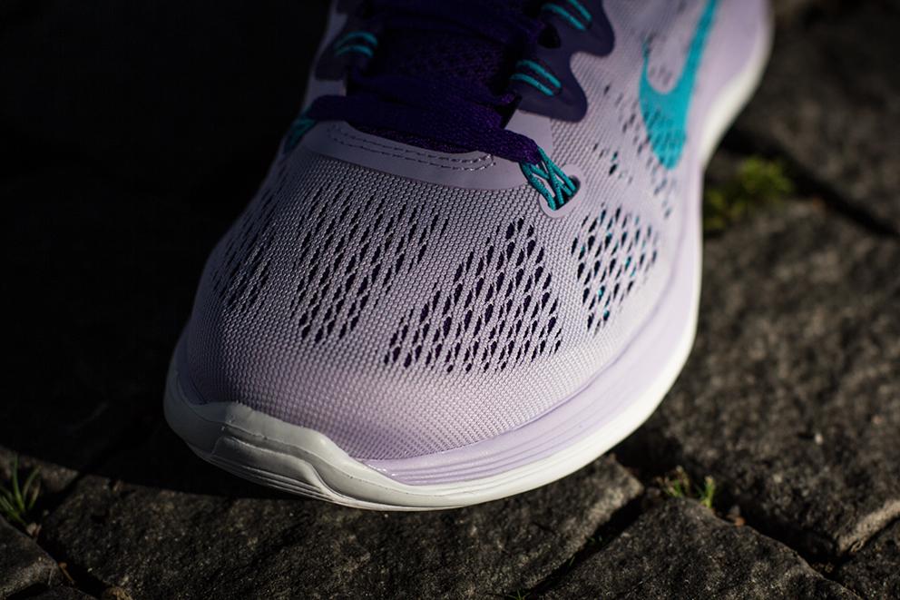 4c3b661d40c8 ... Women s Size 10 -Nike  Nike WMNS Lunarglide+ 5 Violet Frost ...