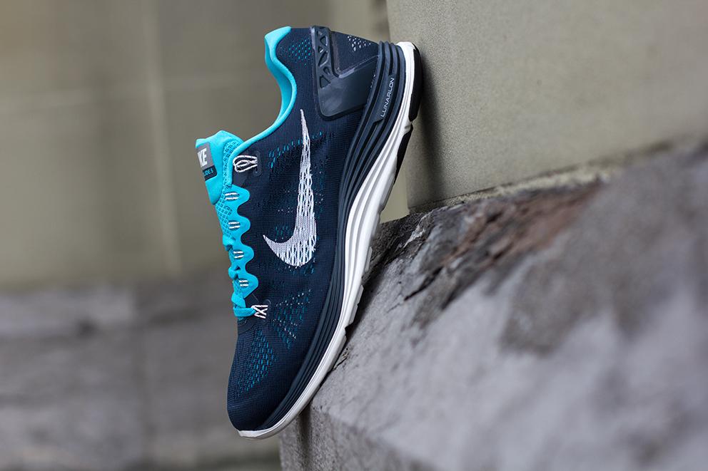 853bebc00ab3 ... tiffany blue running shoes Nike Lunarglide+ 5 Armory Navy Gamma Blue .