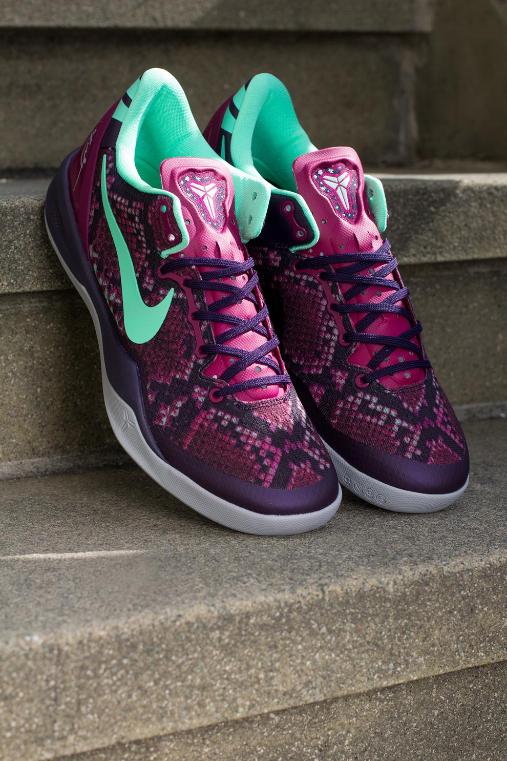 3f46b4cb559a Nike Kobe 8 System Pit Viper (7) Nike Kobe 8 Pit Viper (Detailed Pics  Release Reminder) Nike Kobe ...