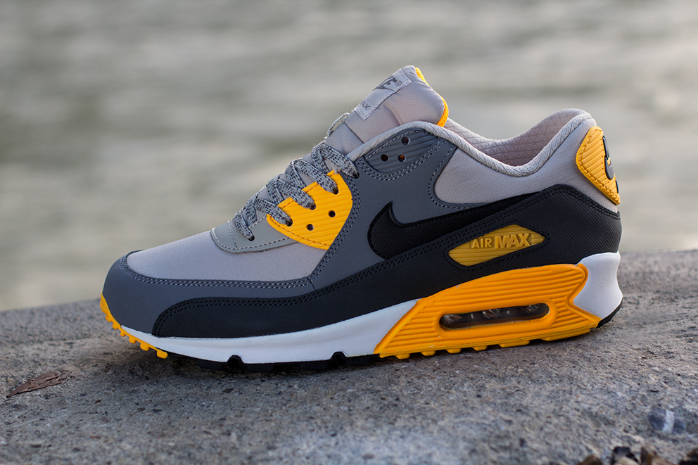 b46a23eaff ... cheap nike air max 90 pale grey anthracite orange c84f2 9e982