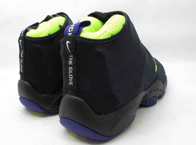 best loved 49997 bc018 Release Date  Nike Air Zoom Flight  The Glove  (LA Lakers)