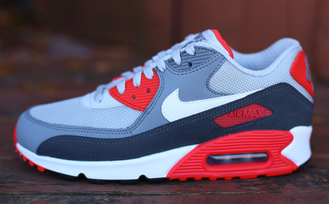 Kicks Air Grey Max Anthracite 90 EU amp; Red Nike Essential zZ6qzd
