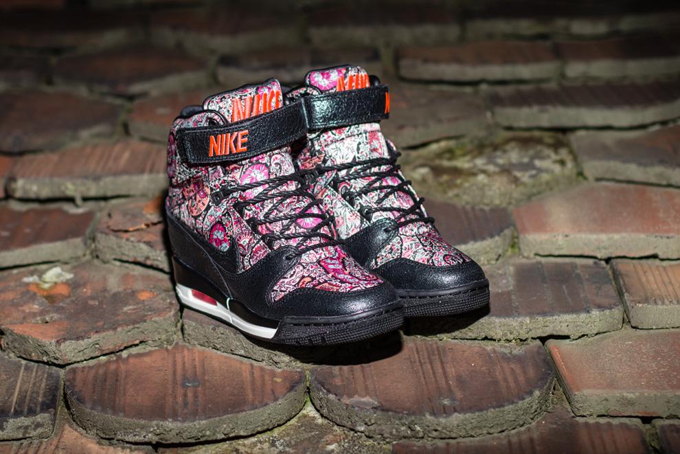 reputable site c4f12 e964d Nike Sportswear x Liberty