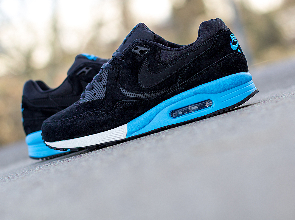 finest selection 58f24 3a64e ... Nike Air Max Light Premium ...