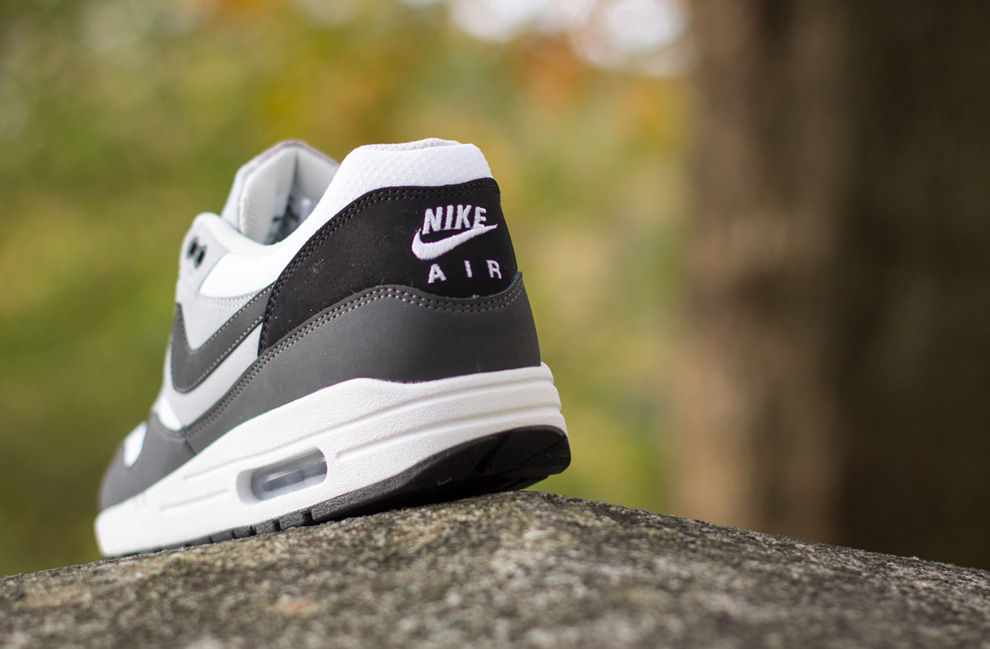 Nike Air Max 1 Essential Black Cool Grey Anthracite