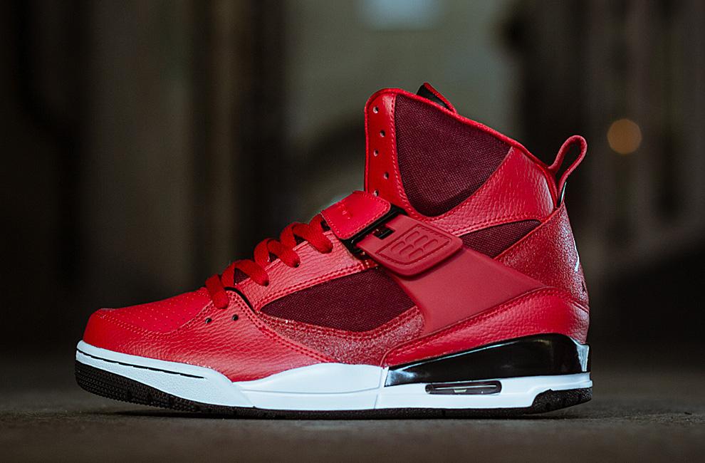 Air Jordan Élevé En Tête Rouge