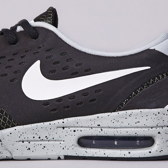 05f0b74e35cf ... Black White Base Grey Venom Green  Nike SB Koston 2 Max  Nike SB Eric  ...