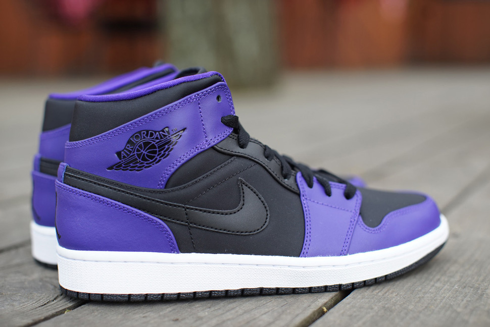 sneakers for cheap bbeef 48853 ... top quality air jordan 1 mid black concord 29eff a3a0c