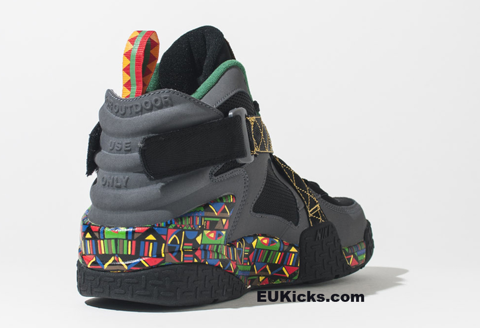... Peace Retro Closer Look Nike Air Raid ... 888df3b6f5