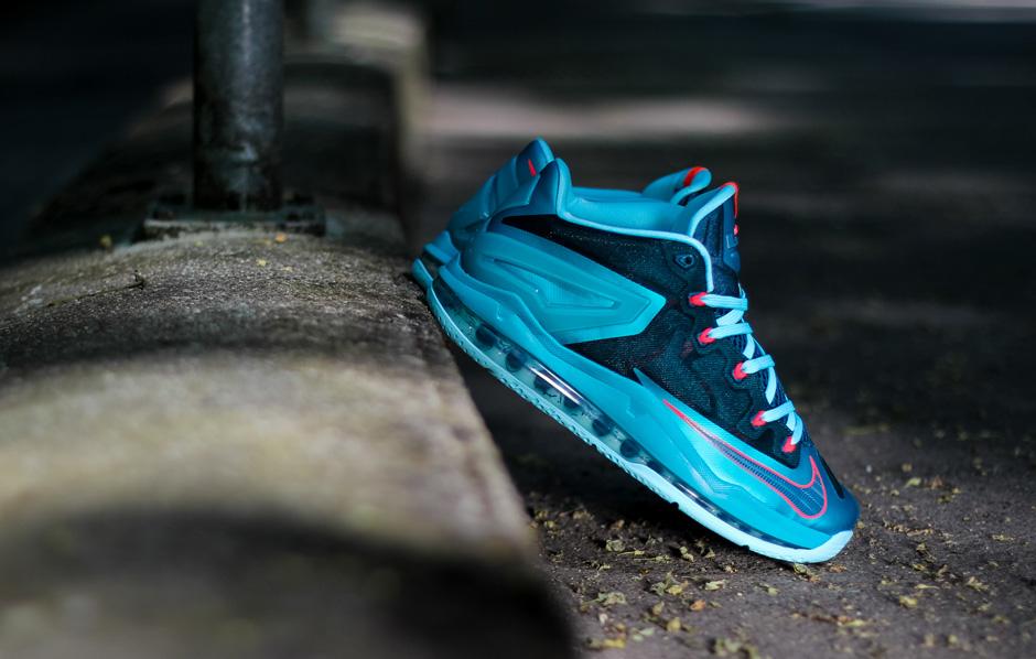 43e4e1627e74d Nike LeBron 11 Max Low