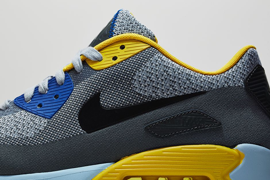 430356cf7af17 Nike 'City Pack' Paris  Free OG 14   Air Max 90 Jacquard · Nike Roshe  Run NM ...
