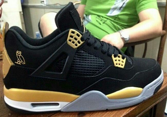 b0a8047b88f Drake x Air Jordan 4 Retro