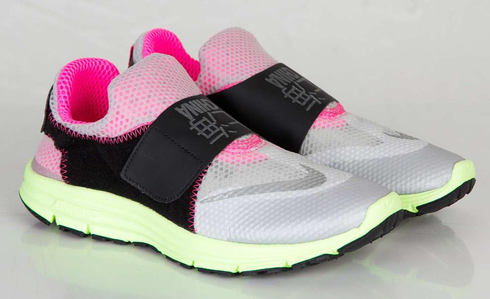 ca7f0fdc5a415 Nike Lunarfly 306 Women Nike Lunarfly 306 On Feet