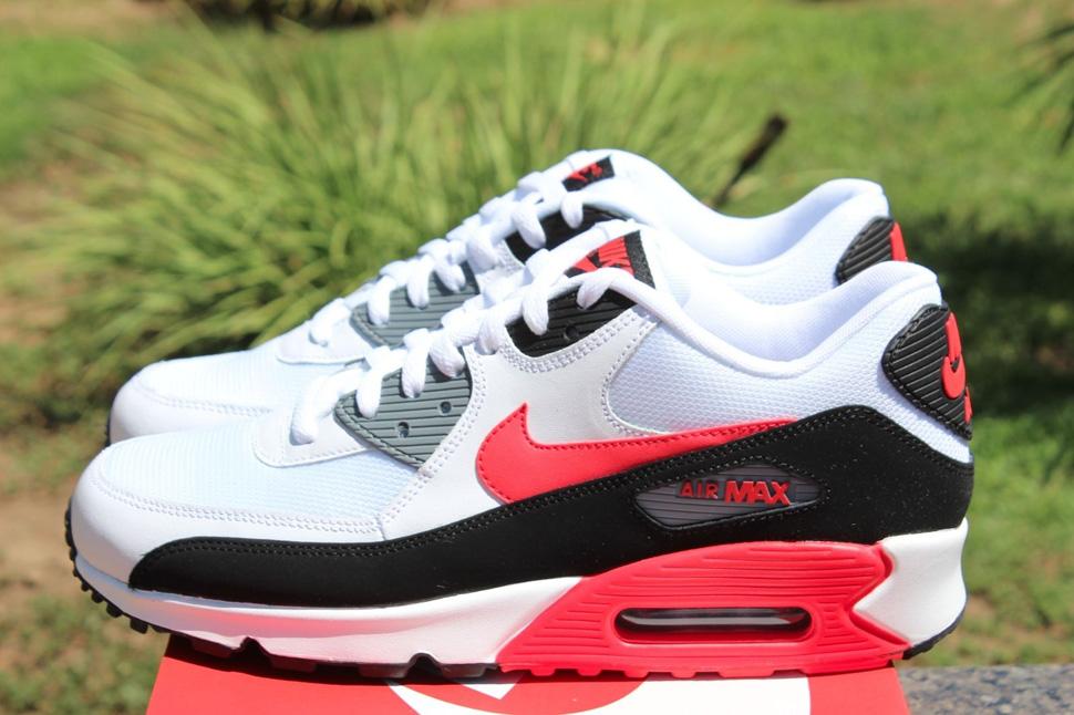 air max 90 pink silver black white Nike Women s ... f63071a28