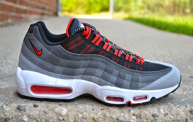 ireland air max 95 black white red e8660 f6e15
