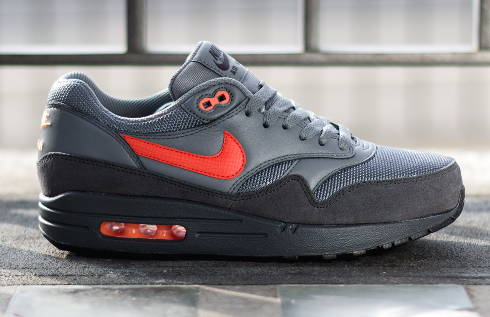 nike air max 1 fb - anthracite / cool grey / atomic orange