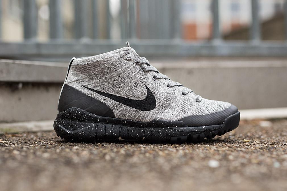 Nike Entrenador Libre Vs Chukker Flyknit